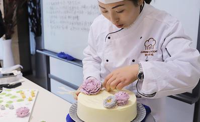 河南美味学院韩式培训班老师上课